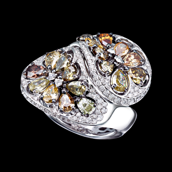 Massimo Raiteri gioielli jewellery anello ring diamonds fancy colors multi color diamond