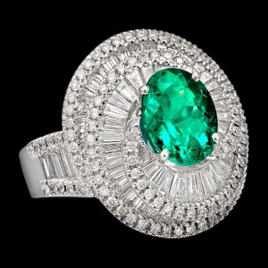 massimo raiteri jewellery jewelry gioielli anello ring diamond diamonds diamanti baguette tepper classic design classico fashion moda emerald smeraldo colombia columbia minor