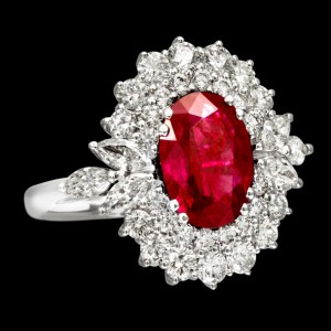 pigeon blood massimo raiteri exclusive jewellery gioielli anello ring contorno classic diamonds diamanti ruby rubino