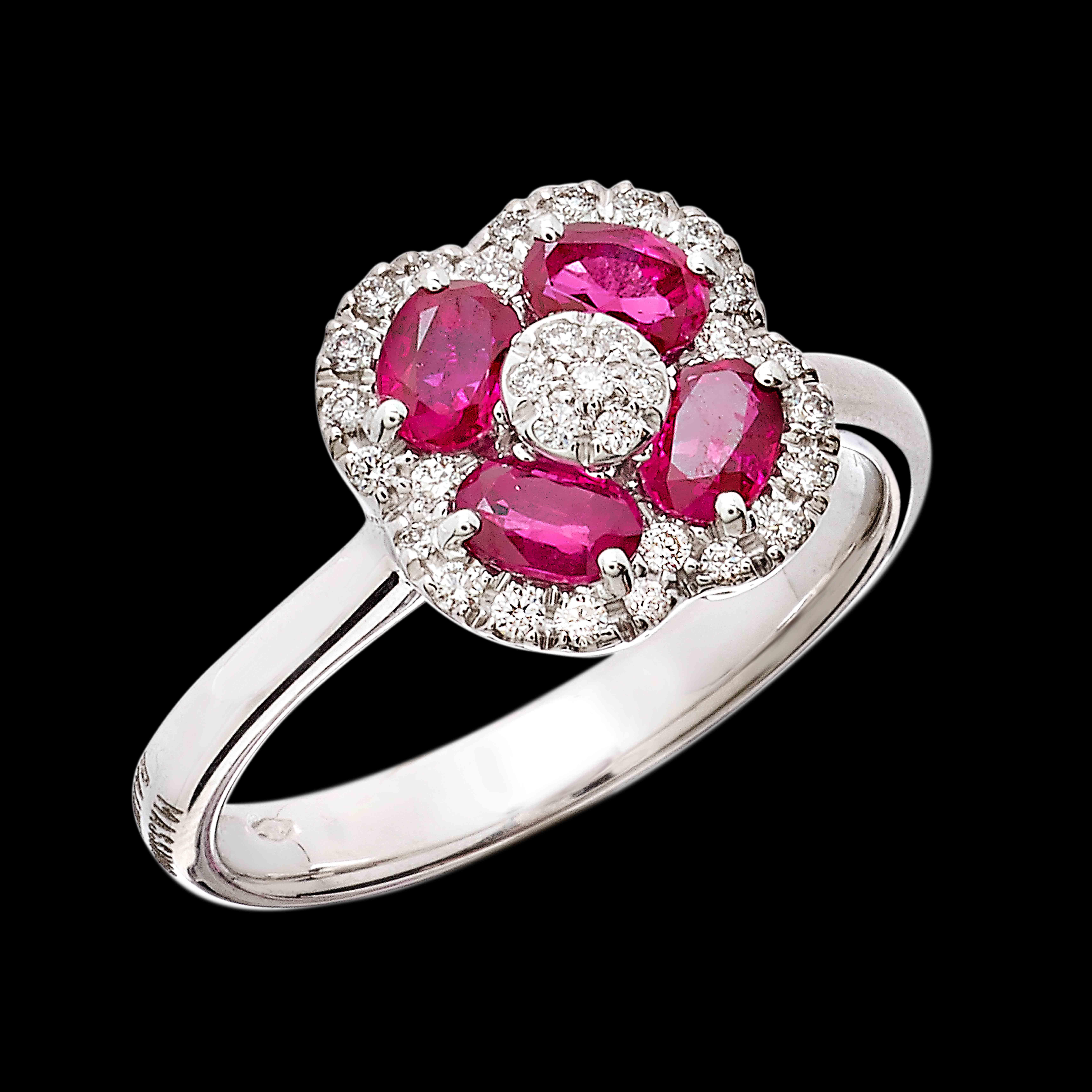 Massimo Raiteri exclusive jewellery ring anello gioielli flower fiori diamonds diamanti ruby rubini smeraldi emerald  sapphire zaffiri  classic classici design