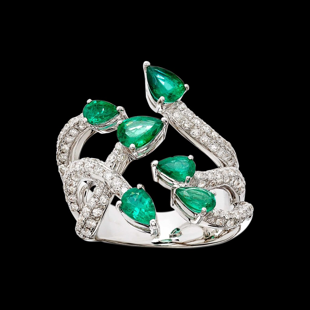 Massimo Raiteri exclusive jewelry fashion design ring bracelet anello diamanti bracciale moda unico unici high emerald smeraldi